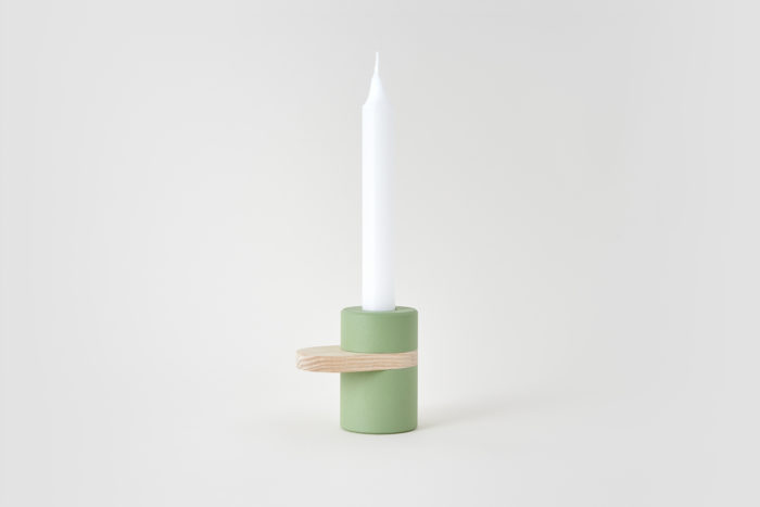 HEAVY CREAM candlestick